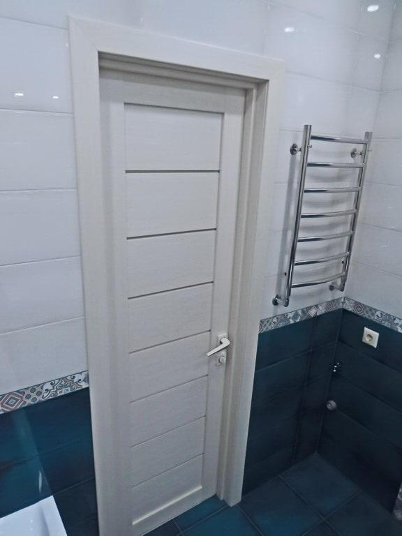 Межкомнатная дверь в ванной